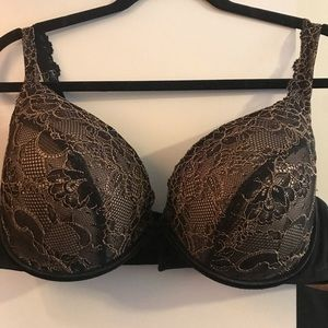 Lane Bryant Cacique Black Lace Plunge Bra 42D